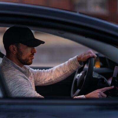 Få en ladestander til din bil: Gør det nemt for dig selv