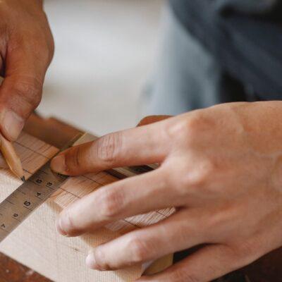 Elsker du at arbejde med træ? Dette skal du have i dit hjemmeværksted