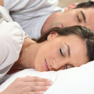 Få en bedre nattesøvn med en elevationsseng
